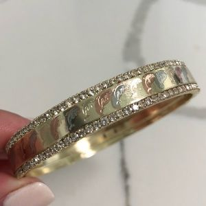 Jewelry - 18k Gold Filled Tricolor Dolphin 🐬 Bangle